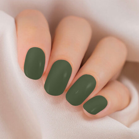 Lakme 9 To 5 Primer + Gloss Nail Color, Olive Green (6ml)
