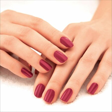 Lakme 9 To 5 Primer + Gloss Nail Color, Red Alert (6 ml)